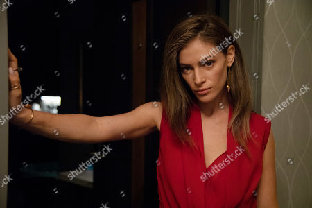 Efrat Dor as Mary Elizabeth DeLaurentis