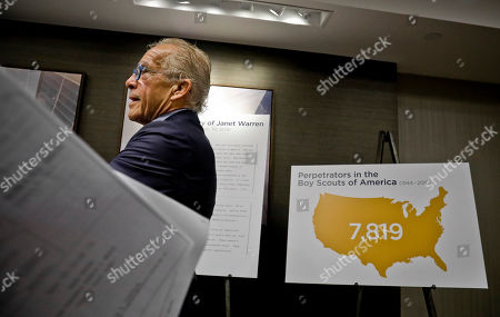 """Anderson, Farrell. Attorney Jeff Anderson woks pass graphics as he prepares to hold a press conference, releasing names of more than 130 Boy Scout leaders who worked in New York and were named in Boy Scouts of America (BSA) """"Perversion Files"""" as having allegations of sexually abusing minors, in New York"""