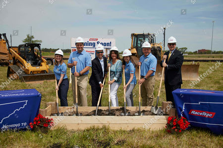 RaceTrac President Natalie Morhous, RaceTrac COO Billy Milam, Mayor of Murfreesboro Shane McFarland, Mayor of Smyrna Mary Esther Reed, RaceTrac CMO Melanie Isbill, RaceTrac VP of Operations Mark Reese and Mayor of Rutherford County Bill Ketron breaking ground for RaceTrac on in Murfreesboro, Tenn