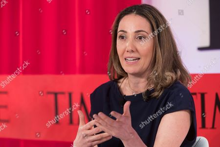 Fotografia stock a tema Dr. Pardis Sabeti Professor, Center for Systems Biology and Department of Organismic and Evolutionary Biology Harvard speaks during the during the TIME 100 Summit, in New York