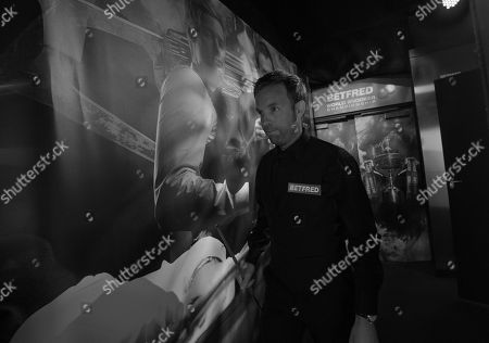 Ali Carter of England arrives for his first round match