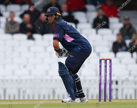 LONDON, ENGLAND. 25 APRIL Ross Taylor of Middlesex during the Surrey v Middlesex, Royal London One Day Cup match at The Kia Oval. Credit: Mitchell Gunn/ESPA-Images