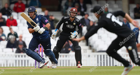 LONDON, ENGLAND. 25 APRIL Ross Taylor of Middlesex plays a shot during the Surrey v Middlesex, Royal London One Day Cup match at The Kia Oval. Credit: Mitchell Gunn/ESPA-Images