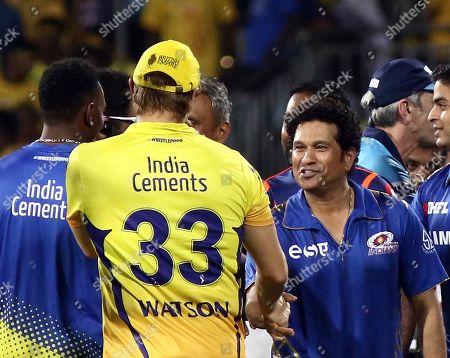 Shane Watson of the Chennai Super Kings and Sachin Tendulkar of Mumbai Indians shake hands, after the VIVO IPL T20 cricket match between Chennai Super Kings and Mumbai Indians in Chennai, India