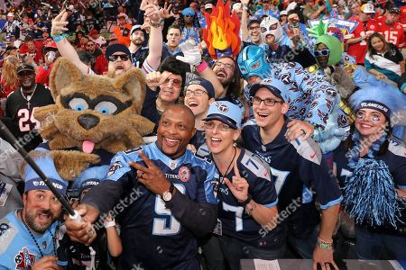 Titans Fans Celebrate second round draft pick, A J Brown, with Eddie George at the NFL Draft, in Nashville, Tenn