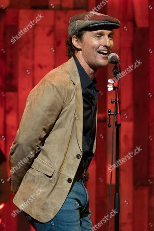 Matthew McConaughey sings