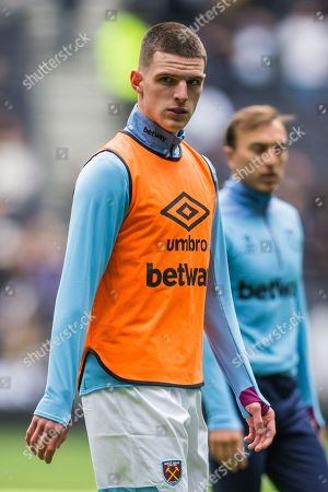 Declan Rice (West Ham) warming up ahead of the Premier League match between Tottenham Hotspur and West Ham United at Tottenham Hotspur Stadium, London