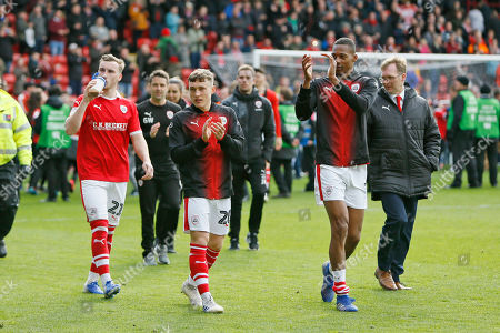 Barnsley players applauds the fans at full time on a lap of honour during the EFL Sky Bet League 1 match between Barnsley and Blackpool at Oakwell, Barnsley