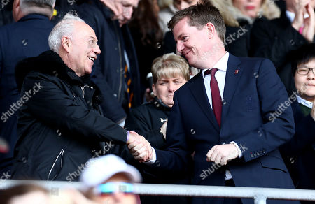 Bournemouth Chairman Jeff Mostyn shakes hands with Southampn Vice Chairman Martin Semmens.