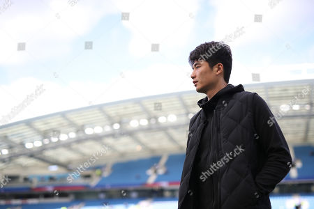 Ki Sung-Yueng of Newcastle United on the pitch prior to kick-off
