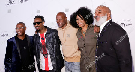 "Tommy Davidson, Shawn Wayans, Keenn Ivory Wayans, Kim Wayans, David Alan Grier. Actors Tommy Davidson, from left, Shawn Wayans, Keenen Ivory Wayans, Kim Wayans and David Alan Grier attend the screening for ""Tribeca TV : In Living Color - 25th Anniversary reunion from the finale"" during the 2019 Tribeca Film Festival at Spring Studios, in New York"