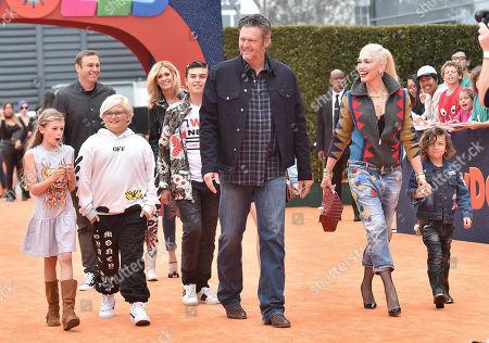 Zuma Rossdale, Gwen Stefani, Blake Shelton and Apollo Rossdale