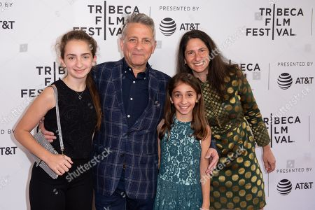 Eyal Rimmon and family