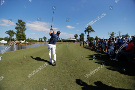Ryan Palmer hits off the 17th tee during the final round of the PGA Zurich Classic golf tournament at TPC Louisiana in Avondale, La
