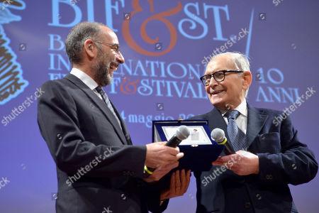Giuseppe Tornatore awards the Ennio Morricone
