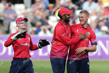 Jamie Porter of Essex celebrates taking the wicket of Luke Wright during Essex Eagles vs Sussex Sharks, Royal London One-Day Cup Cricket at The Cloudfm County Ground on 30th April 2019