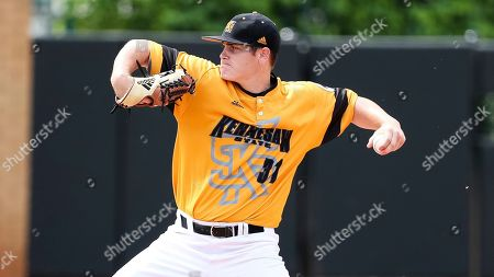 Ryan Kennedy (31) pitches during a Florida Gulf Coast at Kennesaw State baseball game, in Kennesaw, Ga