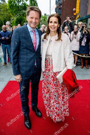 Prince Pieter-Christiaan with Princess Anita, Theater Figi