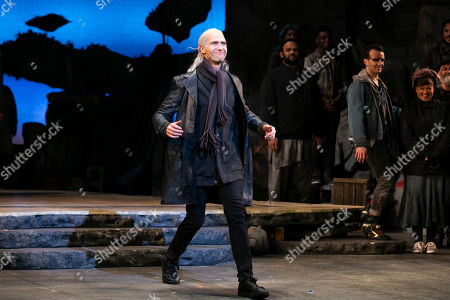 Stock Photo of Eugene McCoy (Dr Carrasco/The Duke) during the curtain call