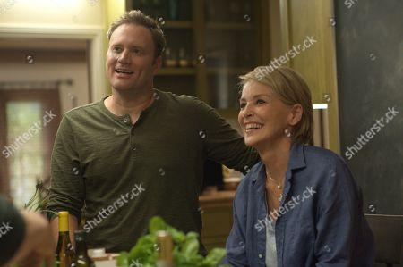 Greg Cromer as Jeff and Sharon Stone as Reiki Davis