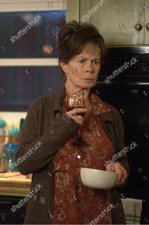 Celia Imrie as Phyllis