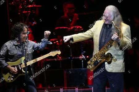 Hall and Oates - John Oates and Charles DeChant