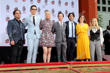 "Johnny Galecki, Jim Parsons, Kaley Cuoco, Simon Helberg, Kunal Nayyar, Mayim Bialik, Melissa Rauch. Johnny Galecki, from left, Jim Parsons, Kaley Cuoco, Simon Helberg, Kunal Nayyar, Mayim Bialik and Melissa Rauch members of the cast of the TV series ""The Big Bang Theory,"" pose after placing their hands in cement following a handprint ceremony at the TCL Chinese Theatre on at in Los Angeles"