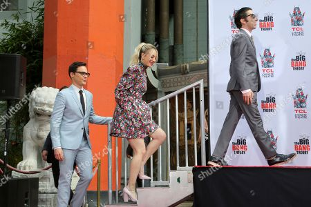 """Jim Parsons, Kaley Cuoco, Simon Helberg. Jim Parsons, from left, Kaley Cuoco and Simon Helberg, members of the cast of the TV series """"The Big Bang Theory"""" arrive at the handprint in cement ceremony at the TCL Chinese Theatre on at in Los Angeles"""