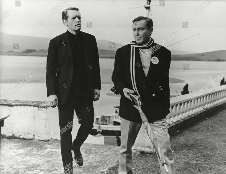 Stock Picture of Patrick McGoohan as Number Six and Guy Doleman as Number Two