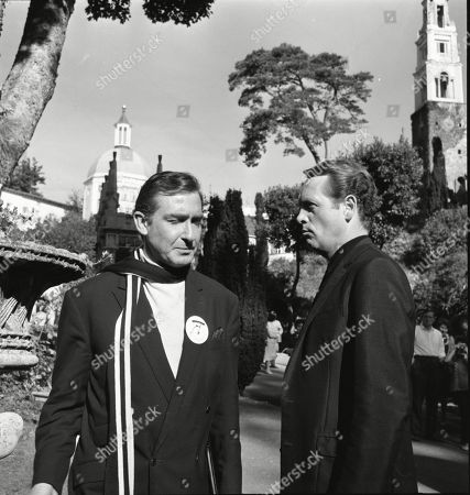 Guy Doleman as Number Two and Patrick McGoohan as Number Six