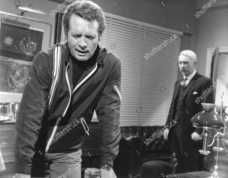 Patrick McGoohan as Number Six and Kevin Stoney as Colonel J.
