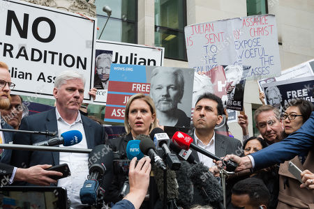 Stock Image of WikiLeaks editor Kristinn Hrafnsson and Jennifer Robinson, Julian Assange's UK lawyer make a statement outside Westminster Magistrate's Court