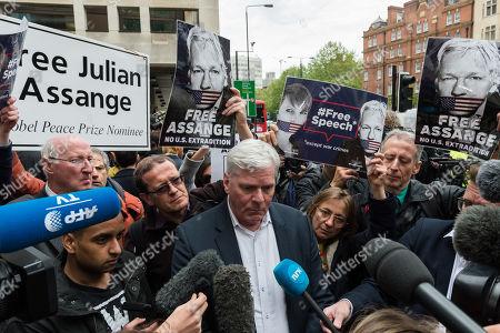 WikiLeaks editor Kristinn Hrafnsson speaks to the media outside Westminster Magistrate's Court.