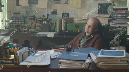 Toby Jones as Prof Ian Strammi