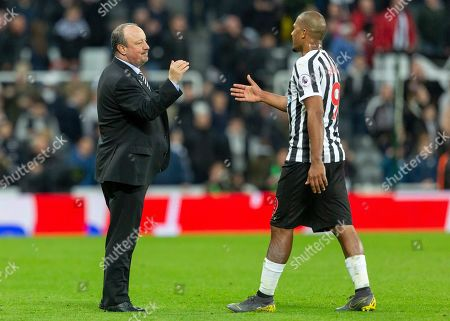 Rafa Benitez, Manager of Newcastle United and Jose Salomon Rondon of Newcastle United