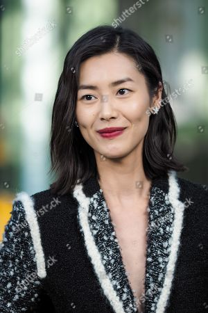 Liu Wen in the front row