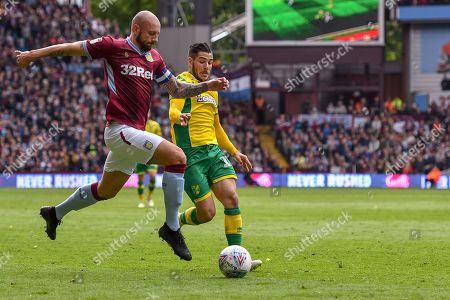 5th May 2019, Villa Park, Birmingham, England ; Sky Bet Championship, Aston Villa vs Norwich City : Alan Hutton of Aston Villa breaks forward with the ball Credit:Gareth Dalley/News Images English Football League images are subject to DataCo Licence