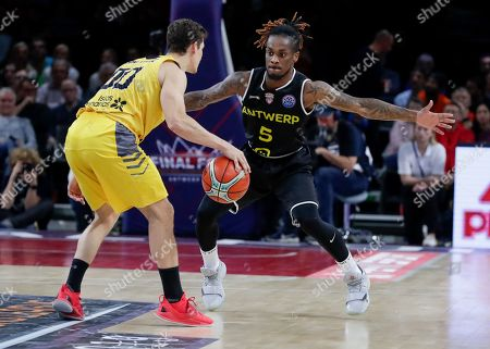 Rodrigo San Miguel of Iberostar Tenerife (L) and Paris Lee of Telenet Giants Antwerp  in action during the semi final match of the Final Four Basketball Champions League between Spanish team Iberostar Tenerife and Belgian team Telenet Giants Antwerp at Sportpaleis in Antwerp, Belgium, 03 May 2019.