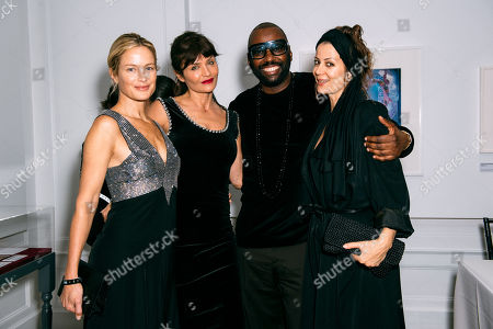 Stock Photo of Carolyn Murphy, Helena Christensen, Stephen Galloway