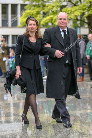 Prince Carlos of Bourbon-Parma, Princess Annemarie