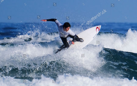 Seth Morris surfing the Men's Open Heat 3