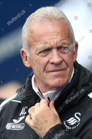 Swansea City legend Alan Curtis at the start of his final match on the Swansea City team staff