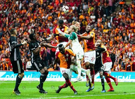 Ryan Donk of Galatasaray heading in front of Loris Karius of Besiktas during the Turkish Super Lig match between Galatasaray S.K. and Besiktas at the Türk Telekom Arena in Istanbul , Turkey