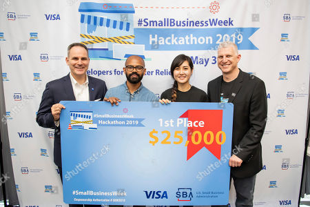 David Simon, Visa's Global Head of Small and Medium Enterprises, and Chris Pilkerton, Small Business Association's Acting Administrator, awards Snapshot $25,000 for designing a natural disaster recovery solution for small businesses at In3 on in Washington