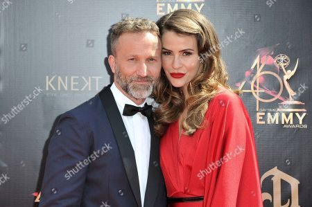 Breckin Meyer, Linsey Godfrey. Breckin Meyer, left, and Linsey Godfrey arrive at the 46th annual Daytime Emmy Awards at the Pasadena Civic Center, in Pasadena, Calif