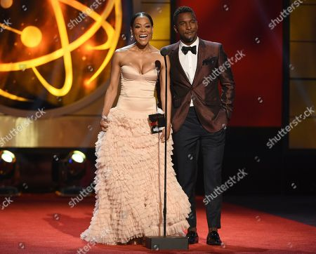Robin Givens, Scott Evans. Robin Givens, left, and Scott Evans present the award for outstanding supporting actor in a drama series at the 46th annual Daytime Emmy Awards at the Pasadena Civic Center, in Pasadena, Calif