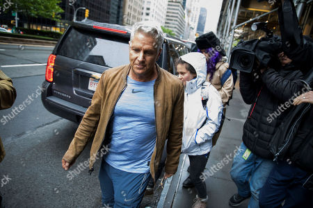 Donny Deutsch walks to a car after visiting Michael Cohen, President Donald Trump's former personal attorney, in his Park Avenue apartment, in New York