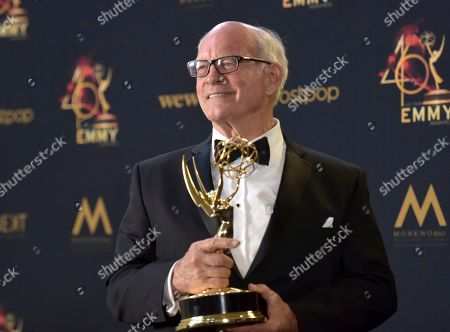 """Max Gail poses in the press room with the award for outstanding supporting actor in a drama series for """"General Hospital"""" at the 46th annual Daytime Emmy Awards at the Pasadena Civic Center, in Pasadena, Calif"""