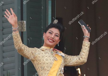 Thai Princess Sirivannavari Nariratana waves to well-wishers as members of the Thai royal family appeared a balcony of the Suddhaisavarya Prasad Hall in the Grand Palace as part of Thai King Maha Vajiralongkorn Bodindradebayavarangkun's the royal coronation ceremony in Bangkok, Thailand, 06 May 2019. The three-day ancient elaborate traditional coronation ceremonies of Thai King Maha Vajiralongkorn is a formal ceremony to complete the monarch's accession to the throne.