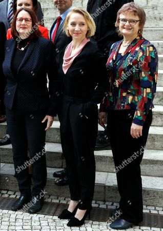 German actress Anna Maria Muehe (C) poses with other members of the commission '30 Years Peaceful Revolution and German Unity' at their inaugural meeting, in Berlin, Germany, 06 May 2019. The commission formed by 22 members of areas such as politics, science and culture will work on the design and realization of all activities regarding the 30th anniversary of the German unity.